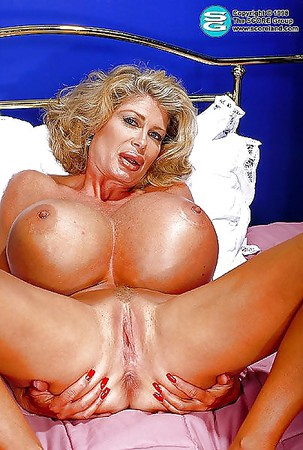 Hot girl stripping nake