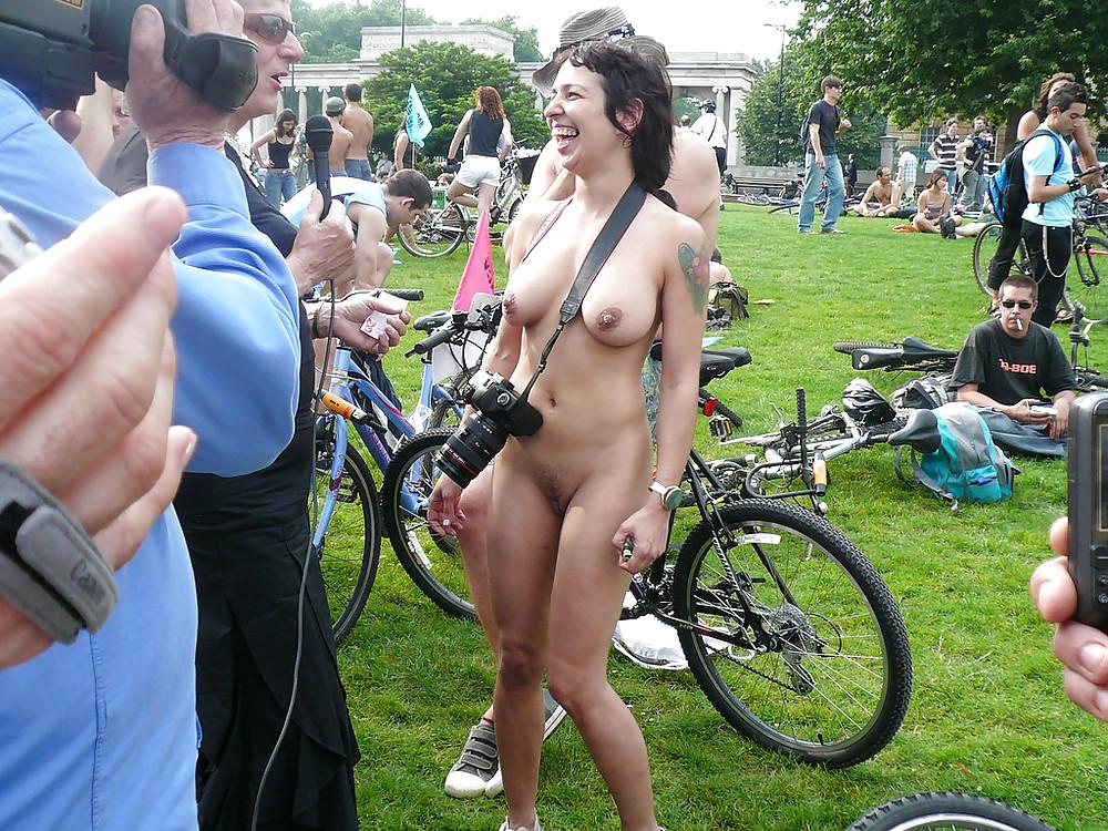 Real naked granny pics-8067