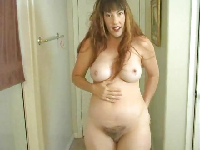 Naked American Moms - 50 Pics