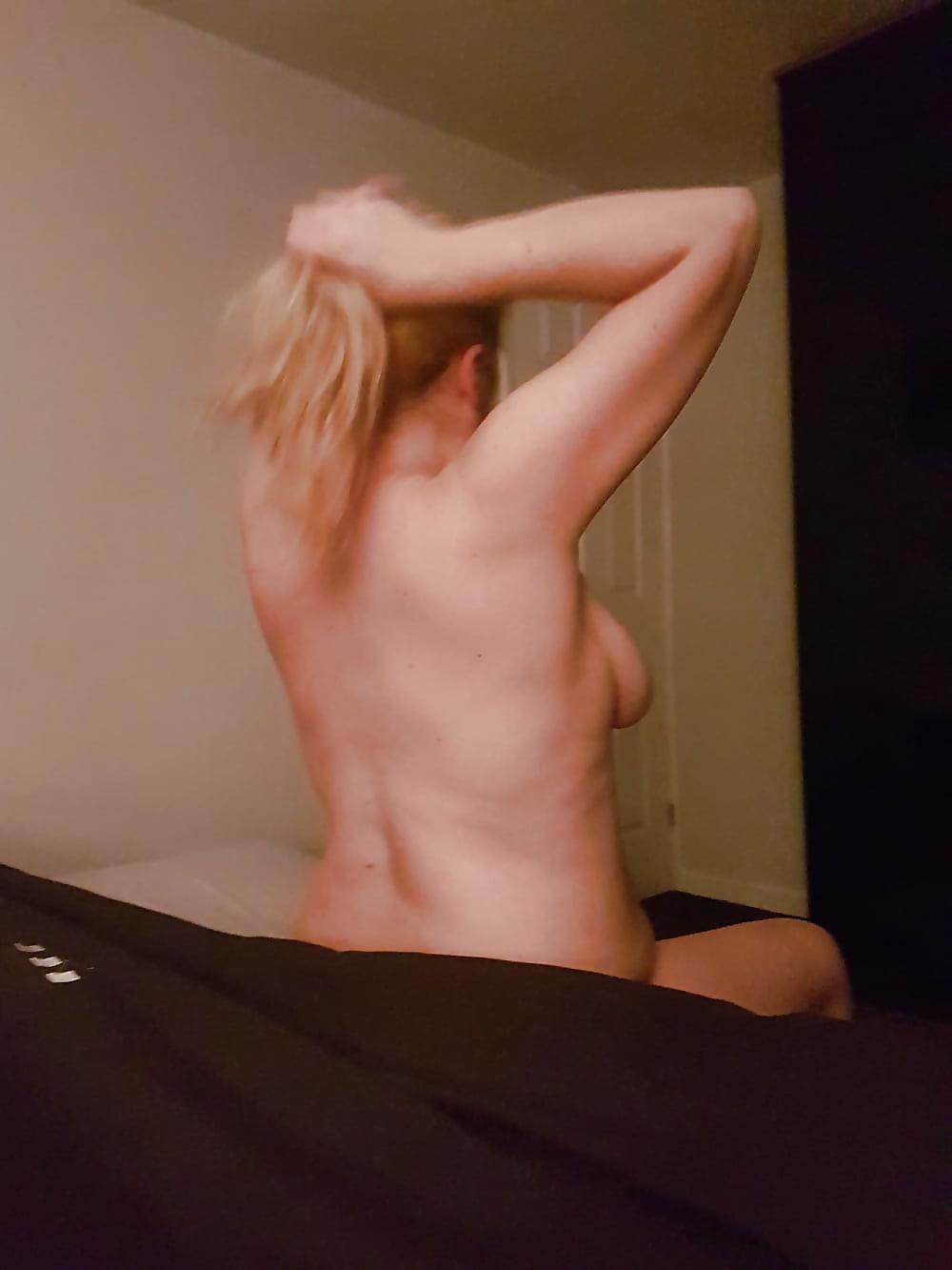 Sexy große titten freundin vivianer blush topless