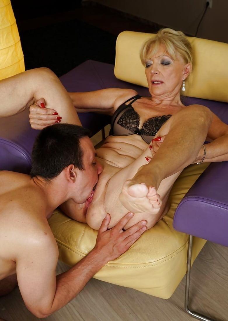 старые женщины порно куни вам