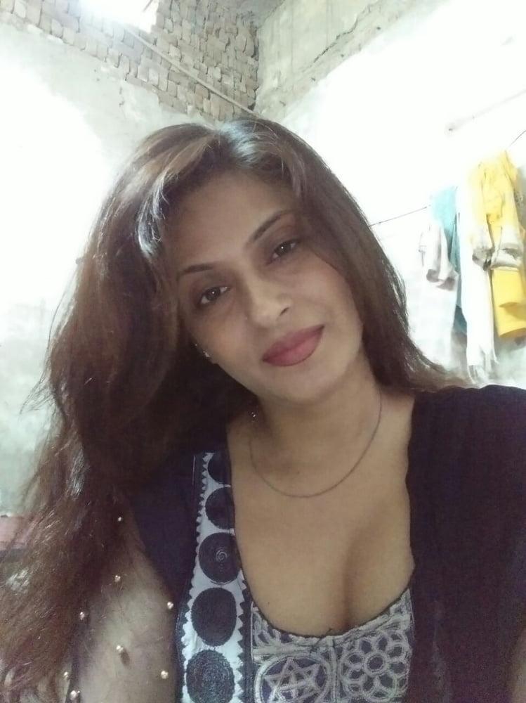 Desi punjabi sexy girl-2616
