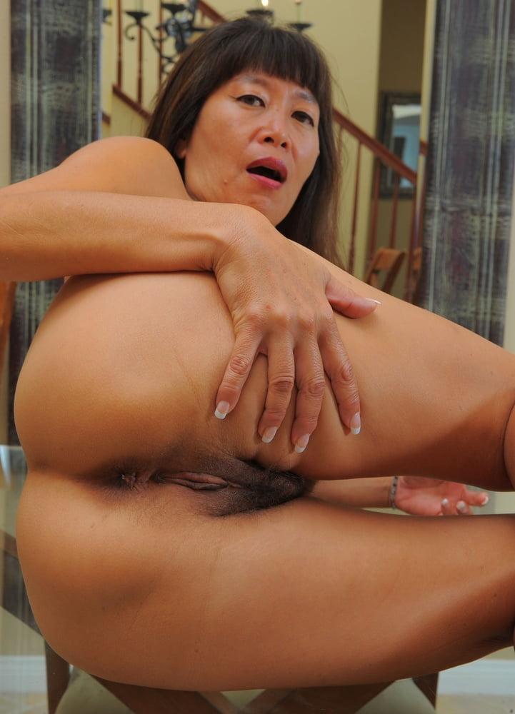 Real amateur exhibitionist milf tgp tits