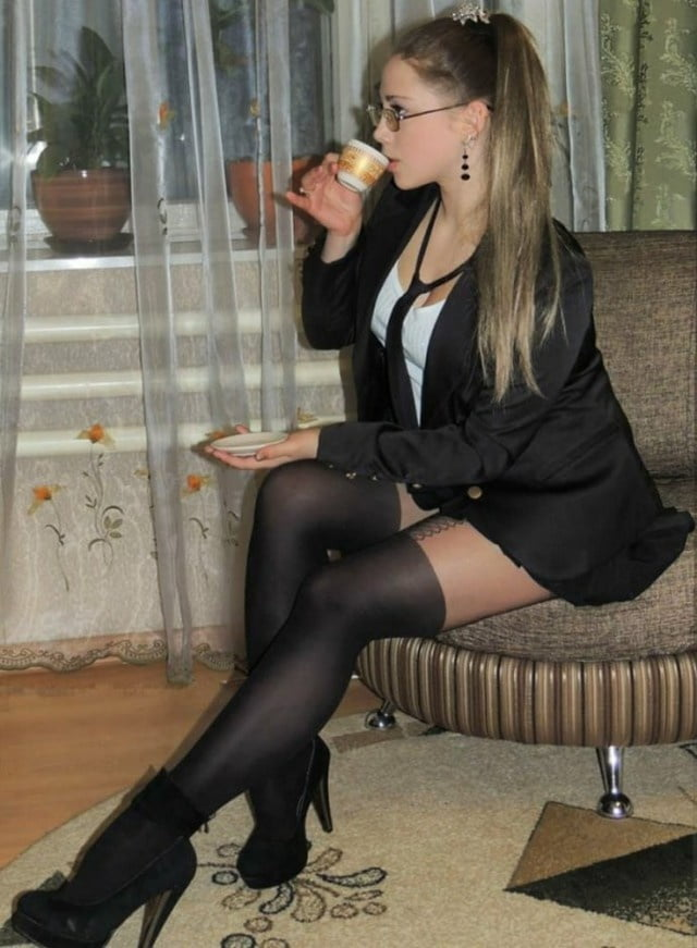 Sexy dressed women - 64 Pics