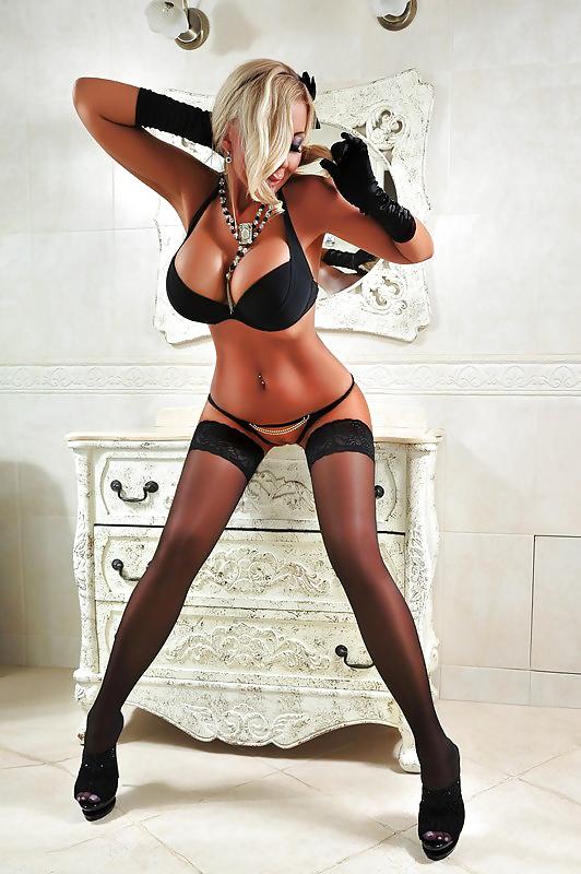 фотографии московские проститутки в черных чулках общество