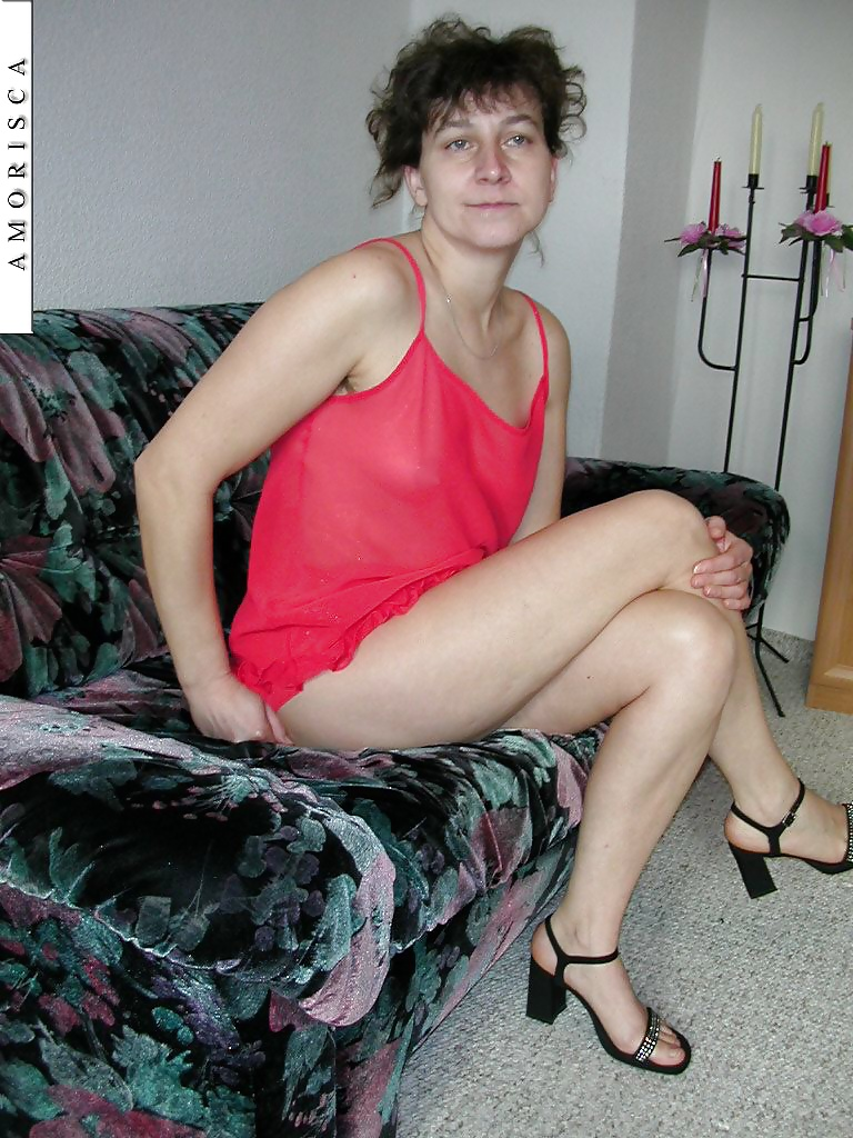пока знает, домашнее фото волосатой русской бабы сайт