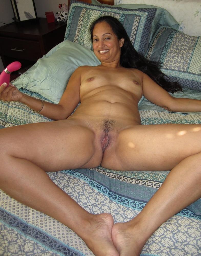 Desi hot pussy mom fuck gallery