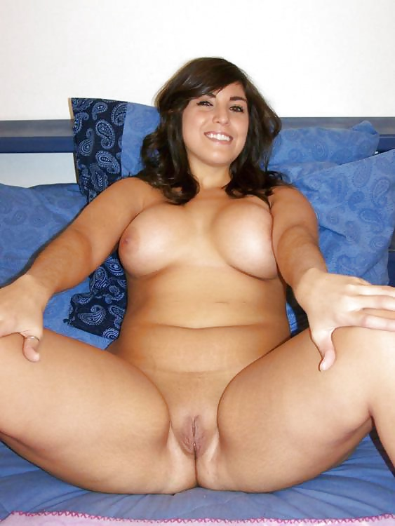 Chubby latinas nude picture — 12