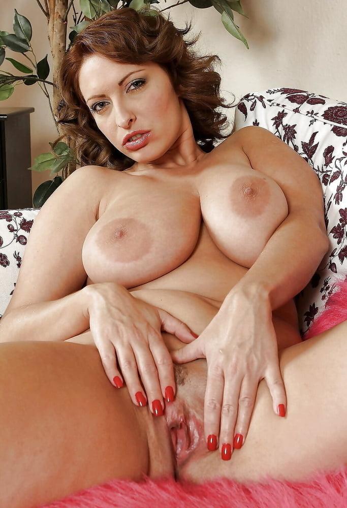 Solo big tits moms