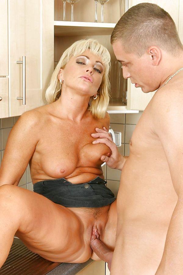 Mature audlts sex life — photo 10