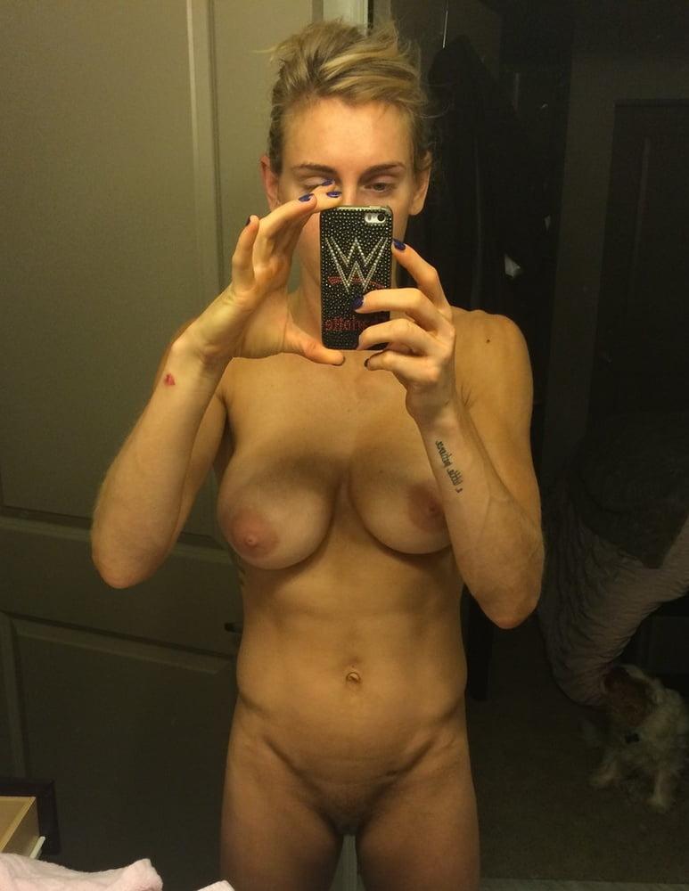 wwe-leaked-nude-pics-tyra-moore-handjob