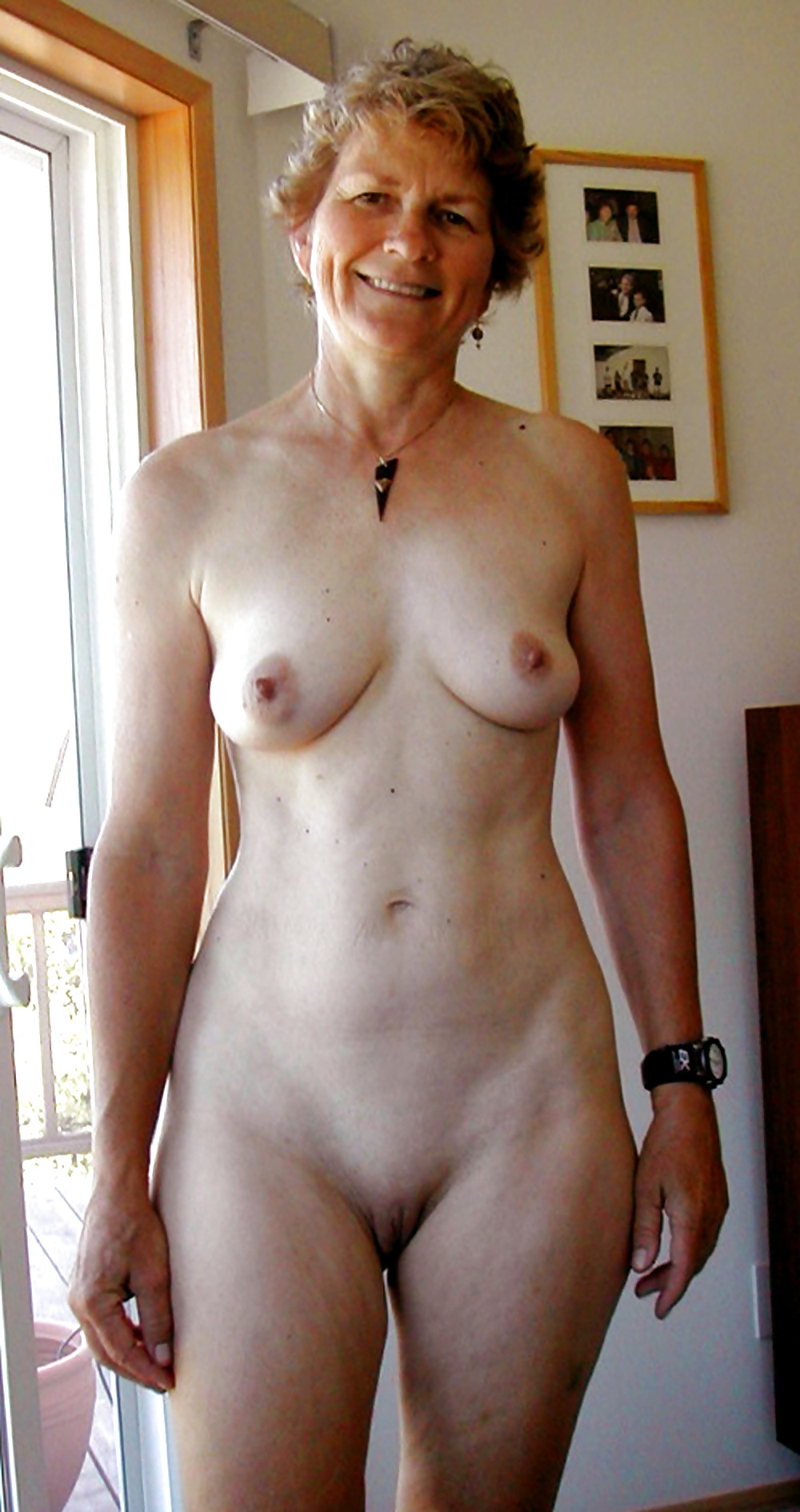 full-nude-mature-woman