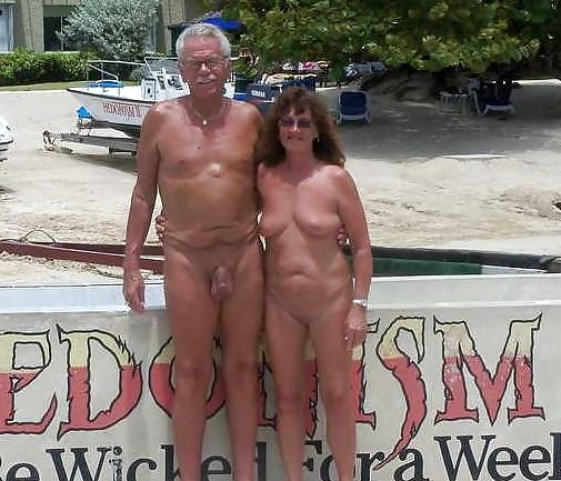 Amateur mature nude couples