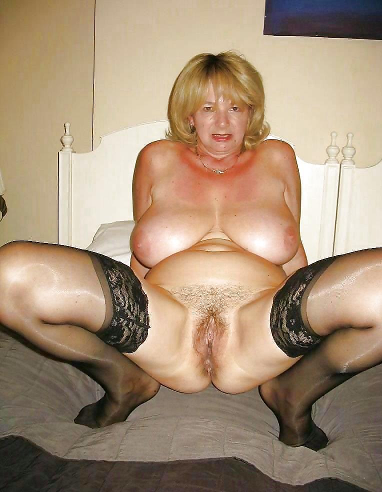 Alte Frau Nude