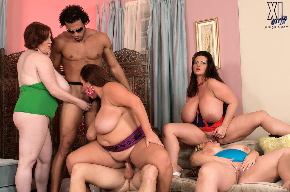 групповое порно зрелой толстушки