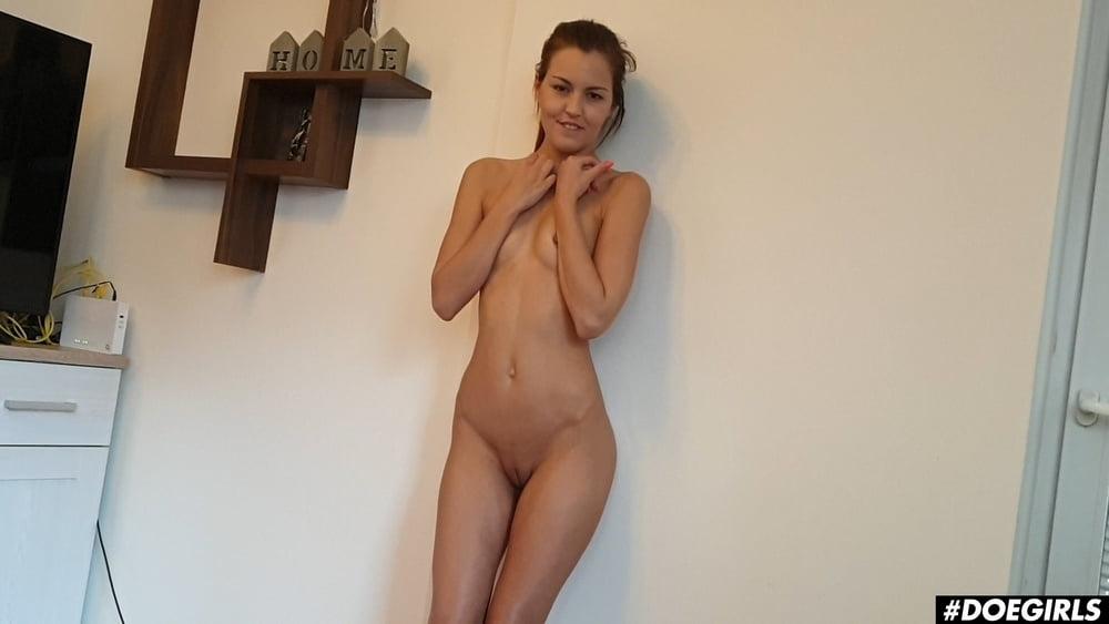 Cindy Shine Hot Ass Teen first Homemade Masturbation Video - 15 Pics