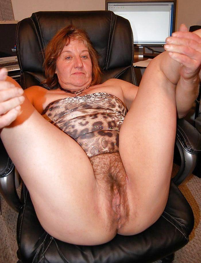 dominicci-nude-sexy-hairy-grannies-fucking