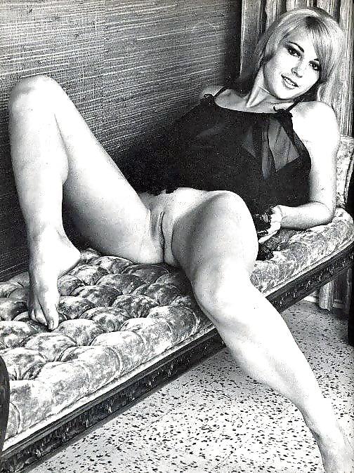 Erotic Pics Jailbait getting the dick