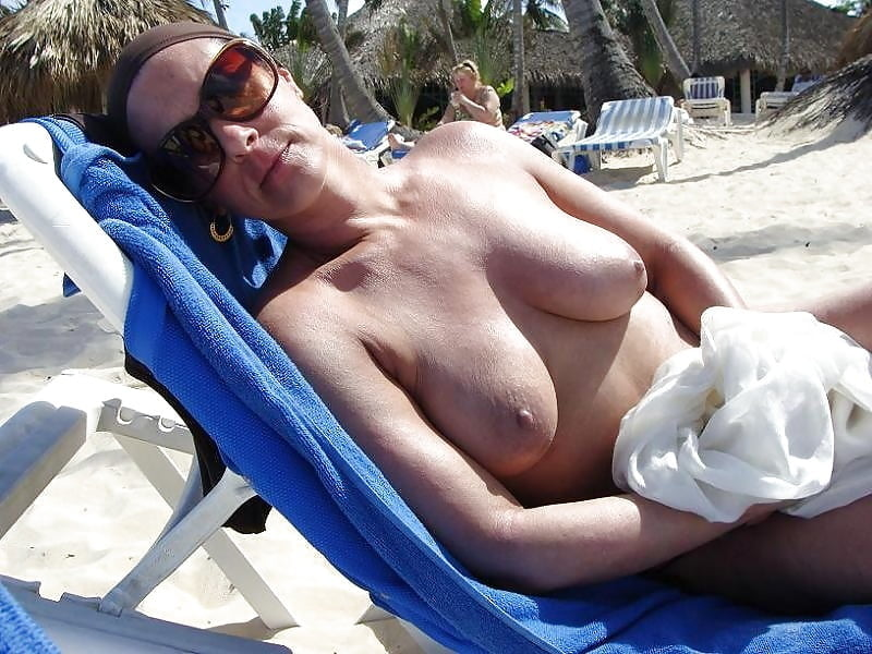 Free mature topless