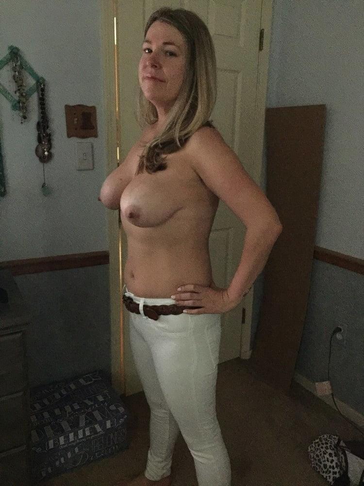 Hot Amateurs 1 - 81 Pics