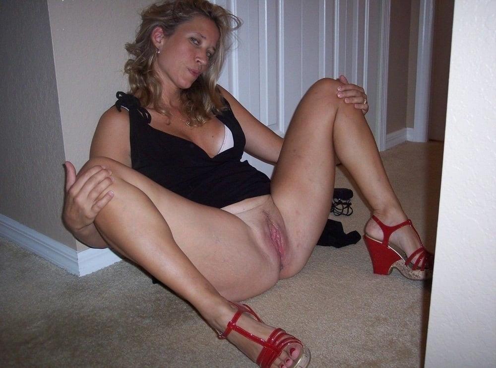 Naked amatuer girl pics