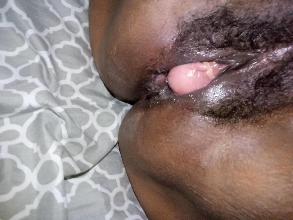Ebony Eating Friend Pussy