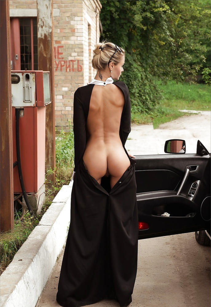 Francesca flapper dress in nude black plus size