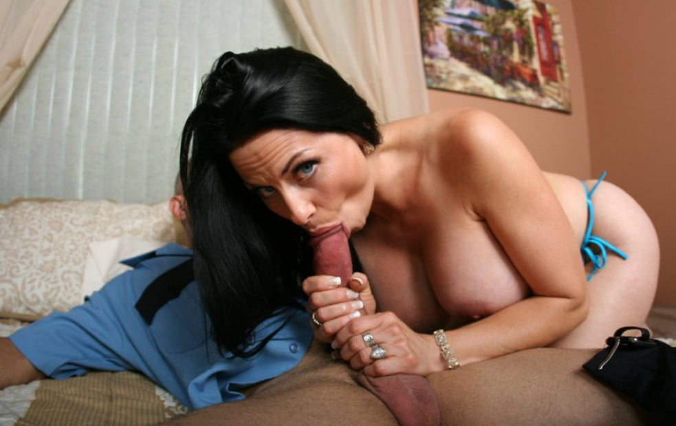 Harley rain fucking in the couch with her big ass