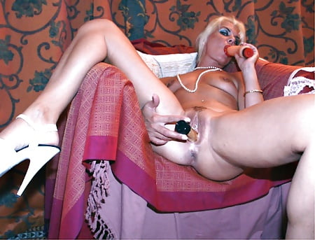 Coco the slut Sexy en Pics of Blonde - 08 - Coco la Perra