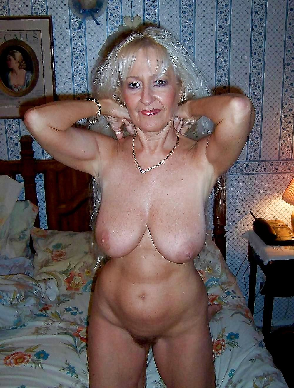 Big Tits Natural Homemade