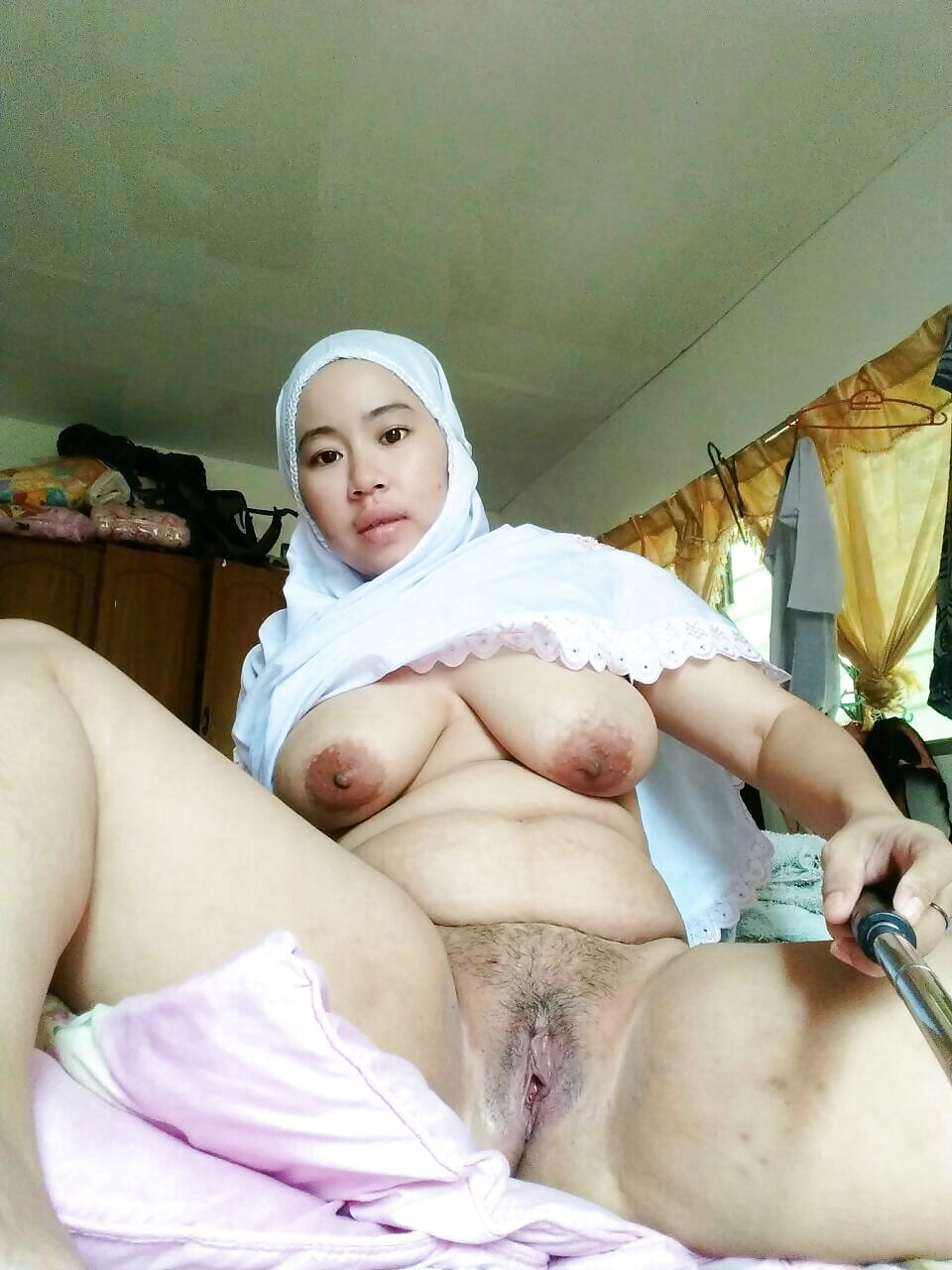 hijab-girl-nude-pix-shy-wife-seduced
