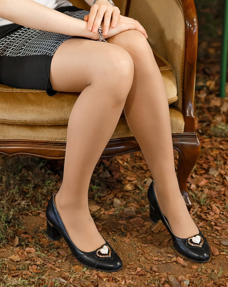 Tidy Russian Wives in Pantyhose - 52 Pics