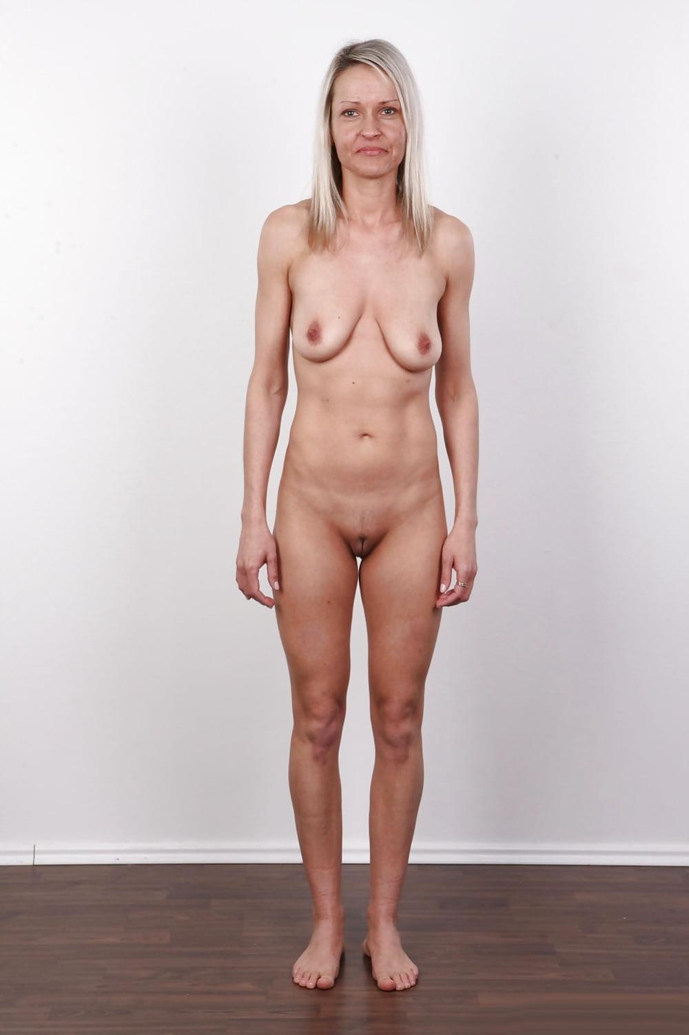 Super skinny women standing porn pics wetting porn