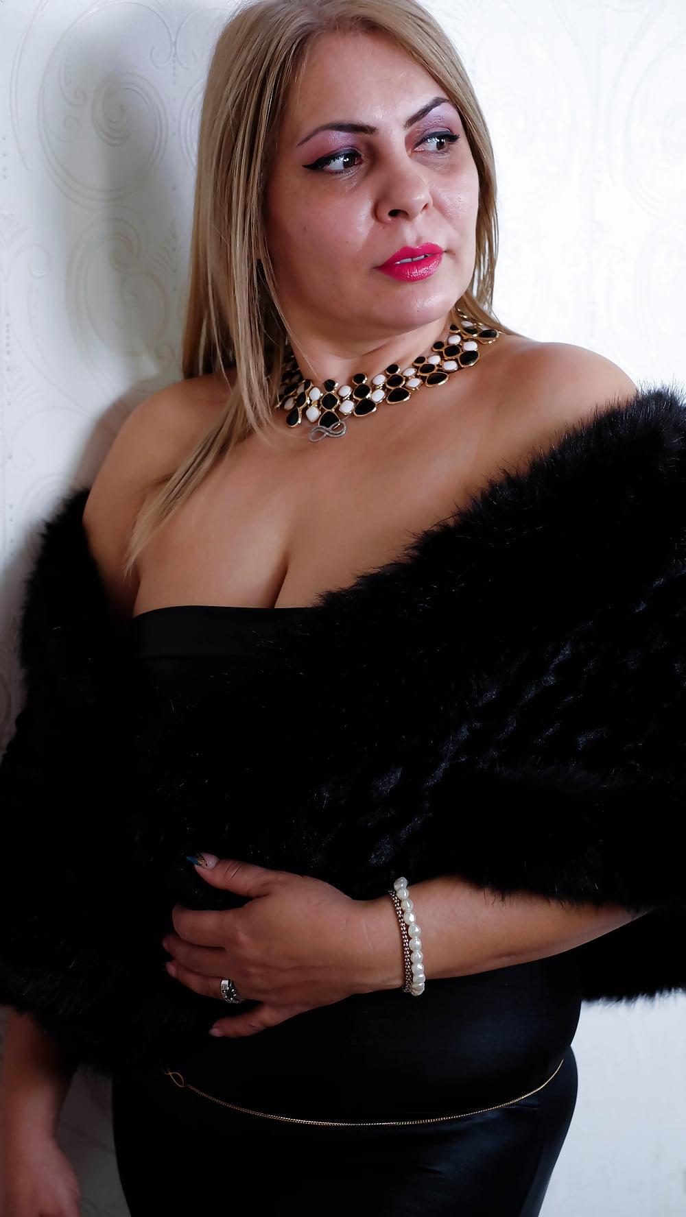 Cougar porn black-8394