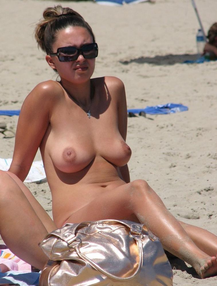 Naked beach sex-5279