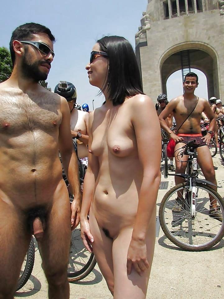Пошлое видео голых людей, гр армия в плейбое видео