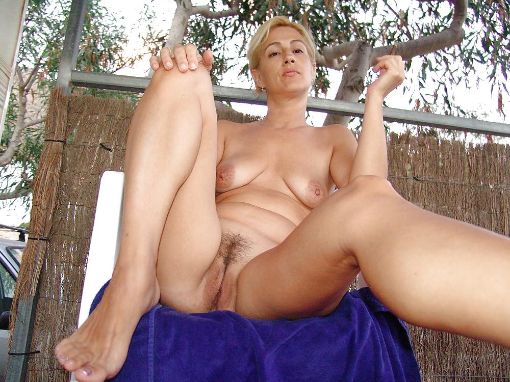 Outdoor ladies, mature porn photos, sexy older women