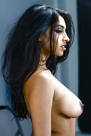nude indian models gallery