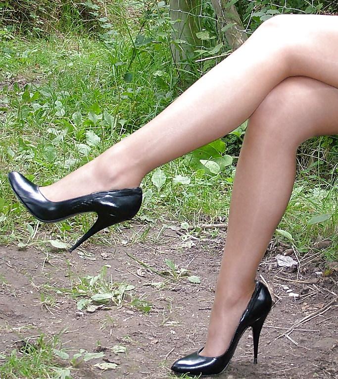 lyubitel-damskih-nozhek-video-prostitutki-moskvi-na-viezd-na-dom