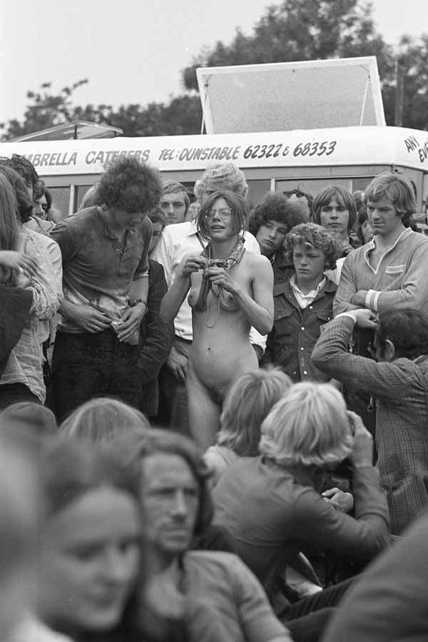 Woodstock girls nude