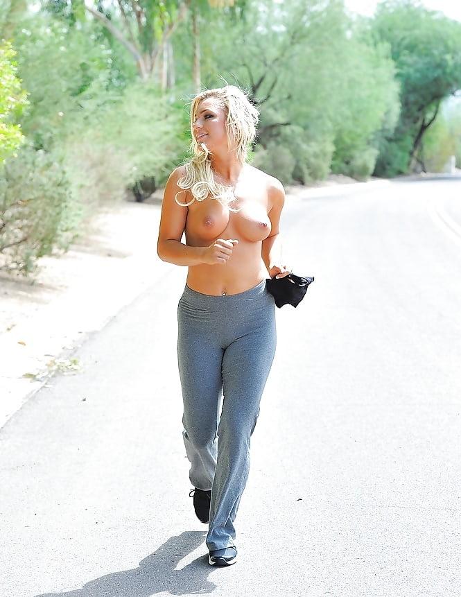 hot-naked-joggers-sex-assian
