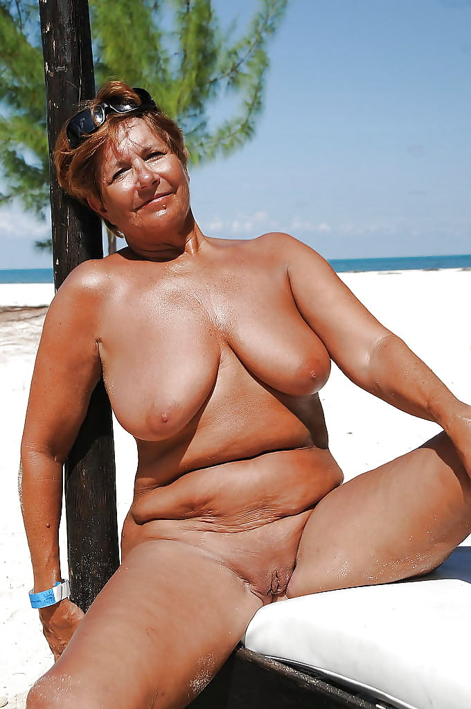 mature-beach-nudist-long