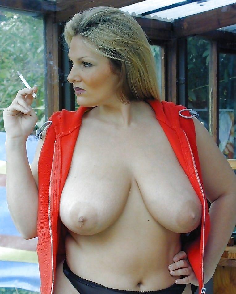imogen-busty-brits-pics
