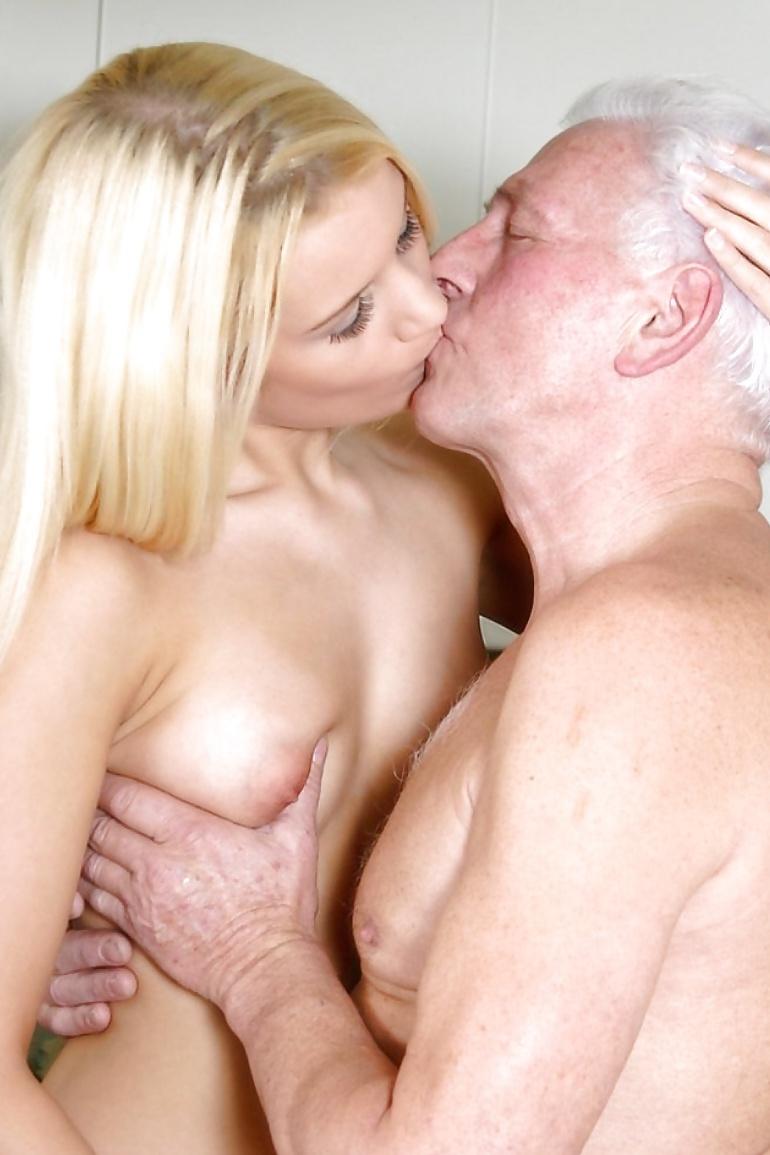 porno-s-starikami-bespredelniy-seks-samoudovletvorenie-skrito-ero