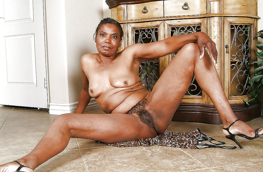 naked-german-african-granny-s-naked-with-polish