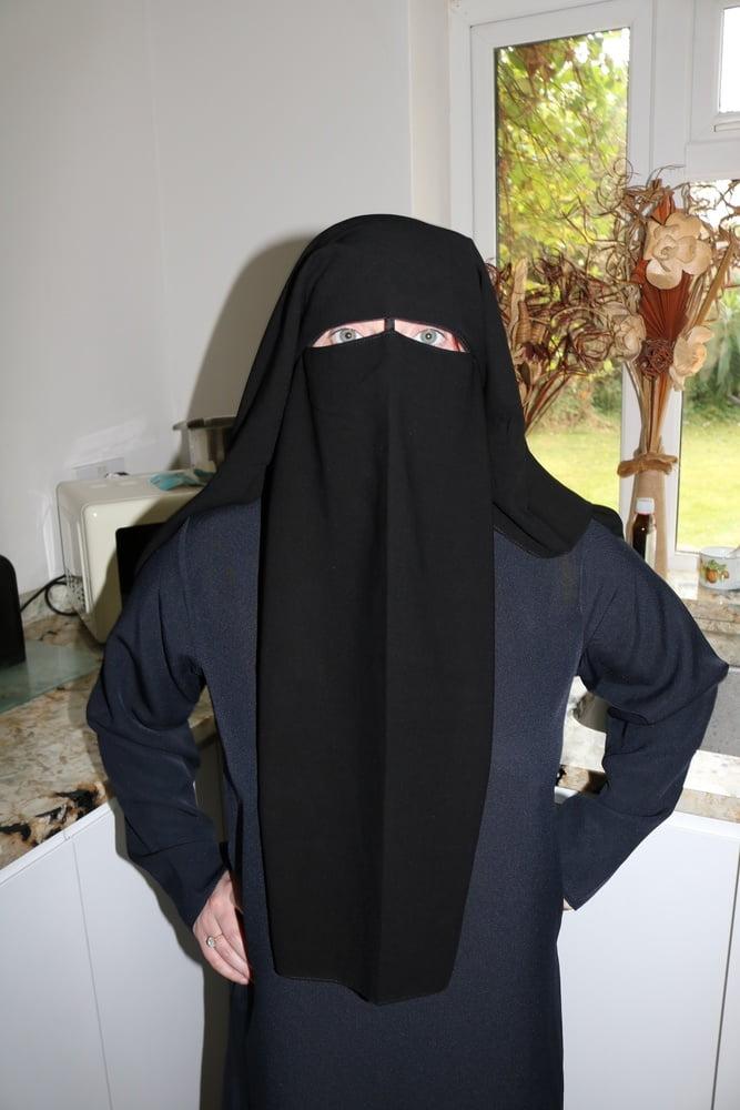 Burqa - 59 Pics