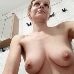 Meine Titten (My Tits)