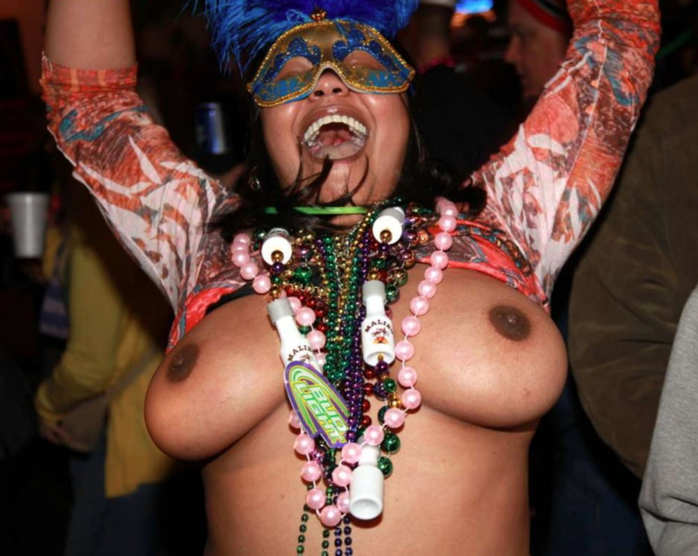 nude-nigeria-carnival-girl-breast-vagina-and-video-sex-naked-pic