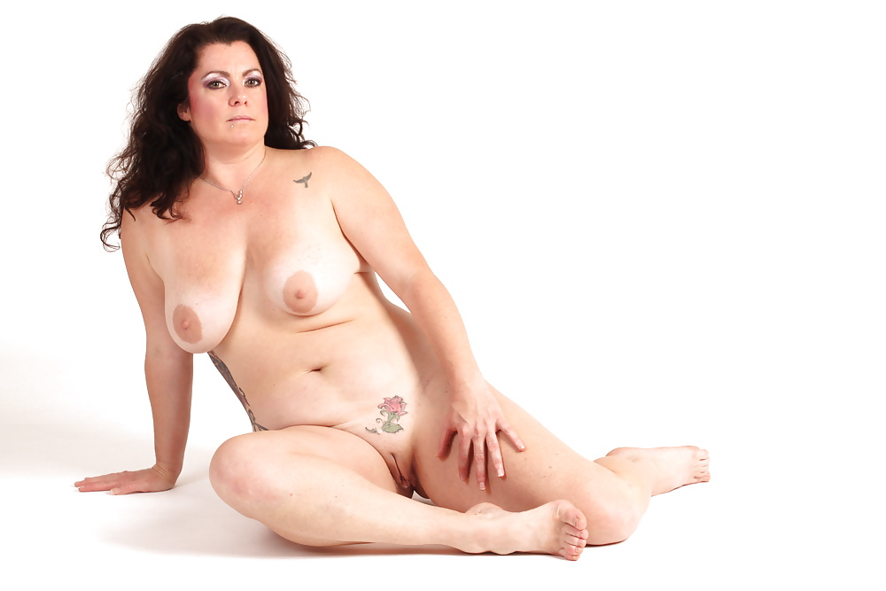 full-figured-amature-naked