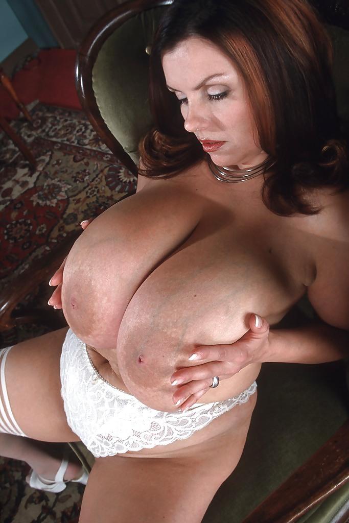 Big tits massage czech